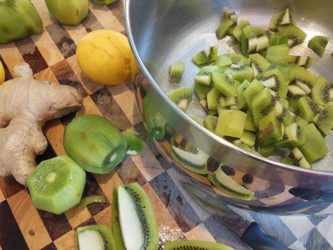 Kiwi chili Chutney prep